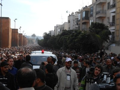Hundreds of thousands mourn the Imam of Renewal